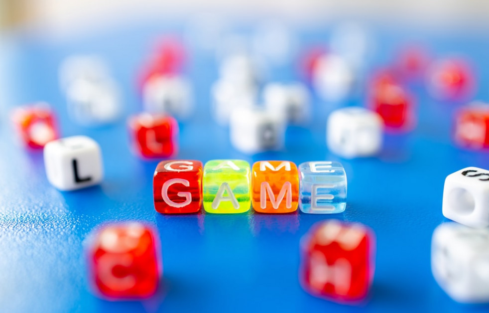 Play games with intuitive gifts