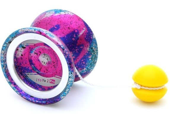 IYoYo counterweight attached to a yoyo