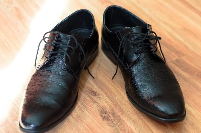 Plain-toes shoes for men