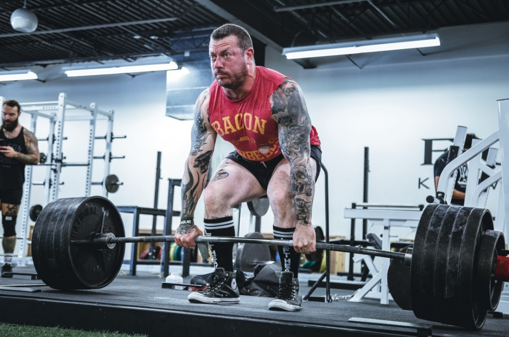 Deadlifts for trap and neck development