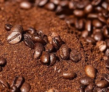 coffee scrub postpartum skin tightening