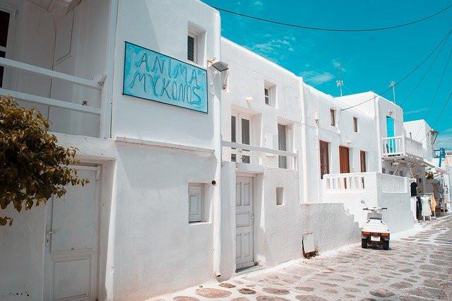 Greek-Island-hopping-
