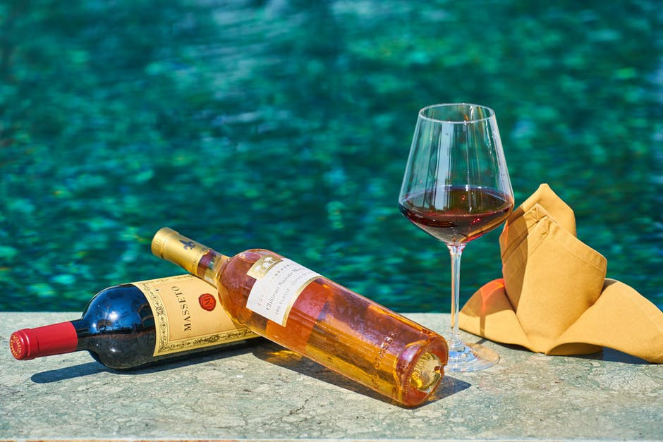 wine-tasting-in-Chania-Crete