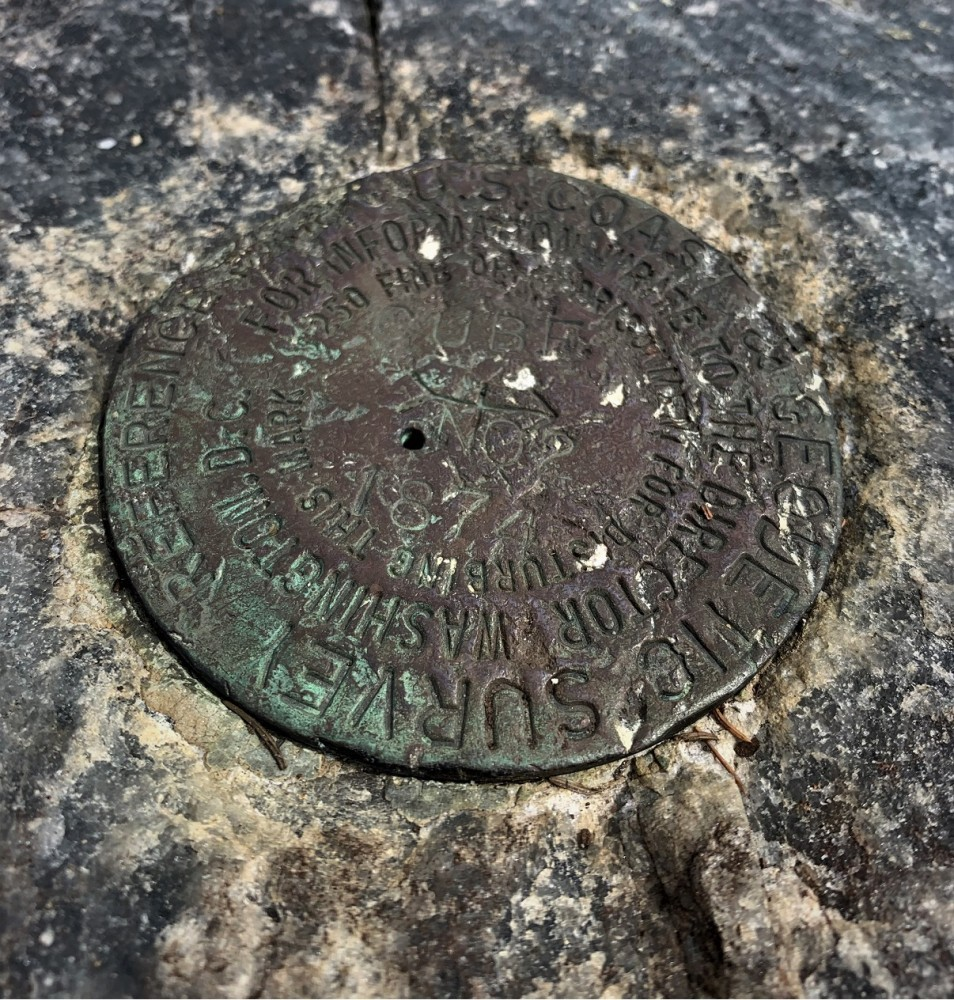 USGS marker on Cube
