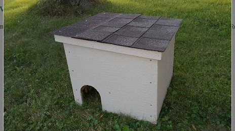 Feralvilla Outdoor Cat House