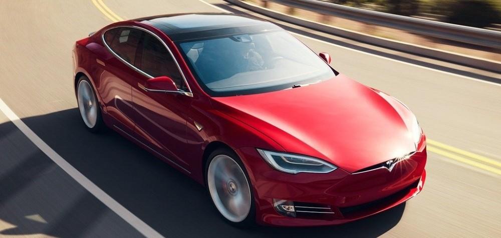 Tesla S 2019