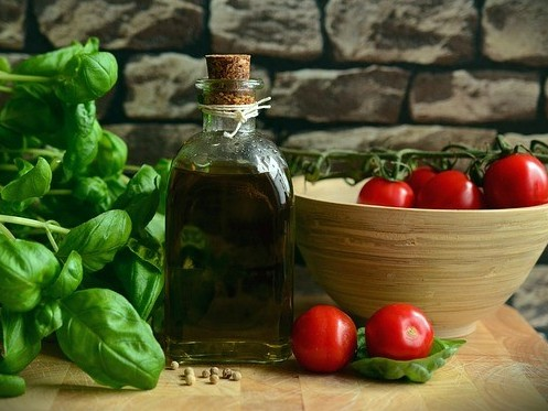 Homemade Tomato Sauce With Fresh Tomatoes - Healthy Olive Oil, Tomatoes, and Basil