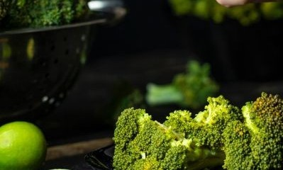 Healthiest way to eat broccoli - Healthy broccoli and lime antioxidants
