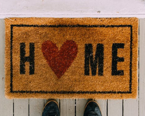 What to Expect Home on the First Day Home with a Newborn - Home Welcome Mat