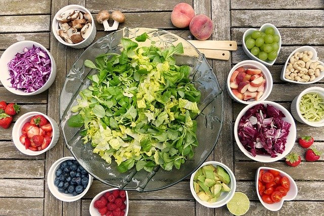 How to Eat a Vegetarian Diet While Breastfeeding - Salad Toppings