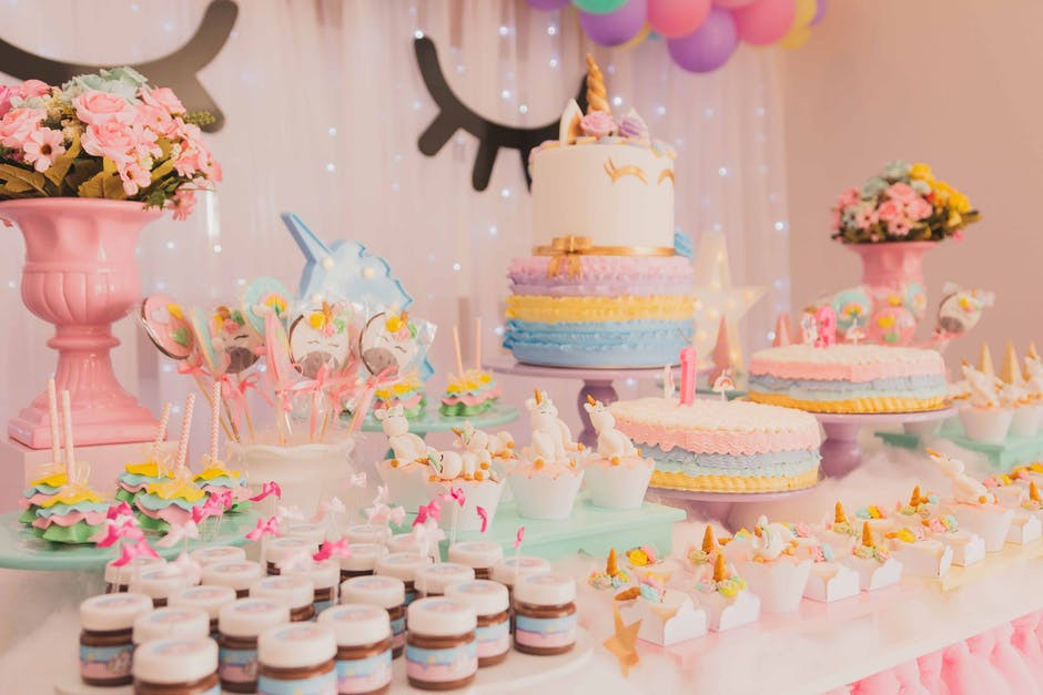 How to Throw a Budget Birthday Party for Your One Year Old - Unicorn Birthday Party
