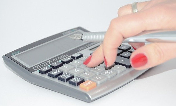 How to Build a Budget in 4 Easy Steps - Calculator