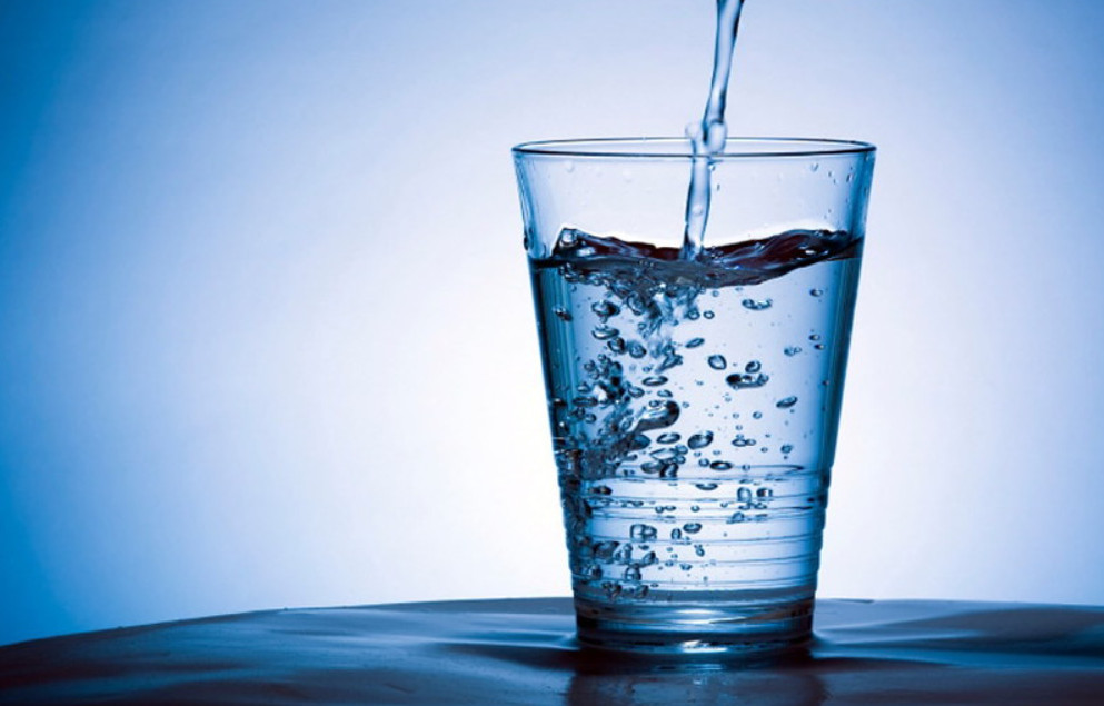 Drinking More Water and Weight loss by Akon.