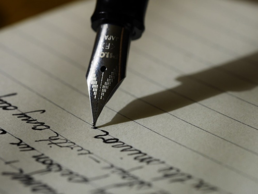 Start To Blog Make Money. Writing On Paper With Old School Pen