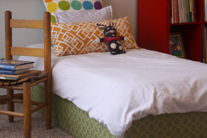 DIY Toddler Bed Plans: Learn how to build your own bed for a toddler or small child.