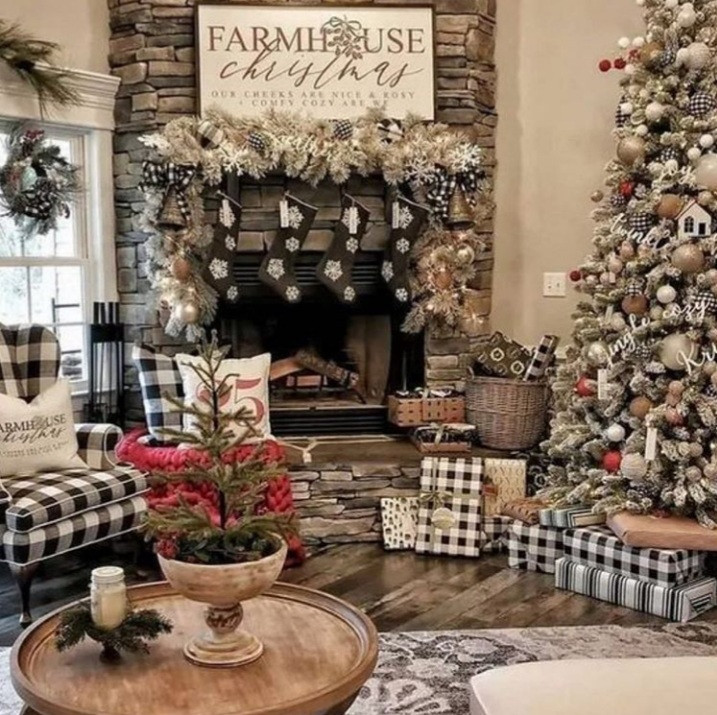 Celebrate a rustic Christmas with this beautiful farmhouse sign. A sure way to make a statement.