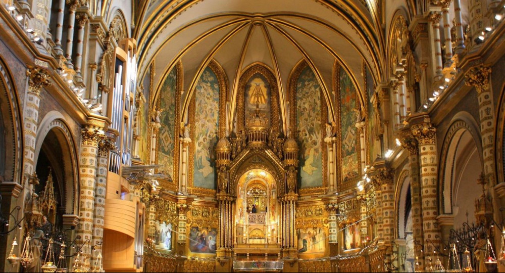 montserrat-church-interiors