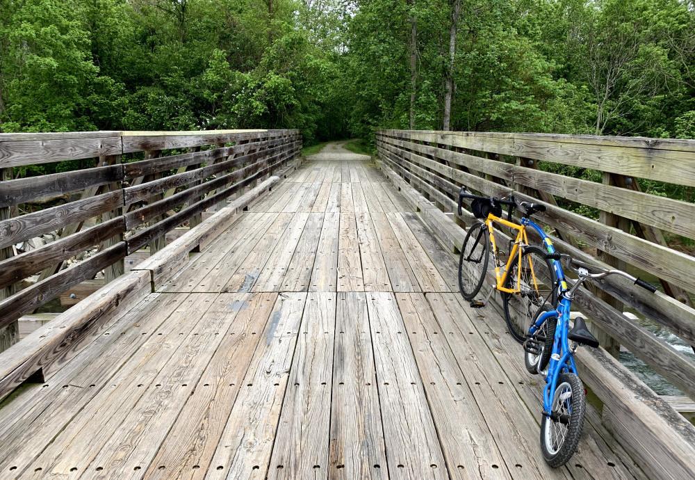 Family bike trips near me