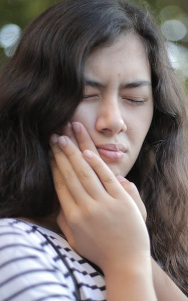 5 Fast Toothache Pain Relief Home Remedies