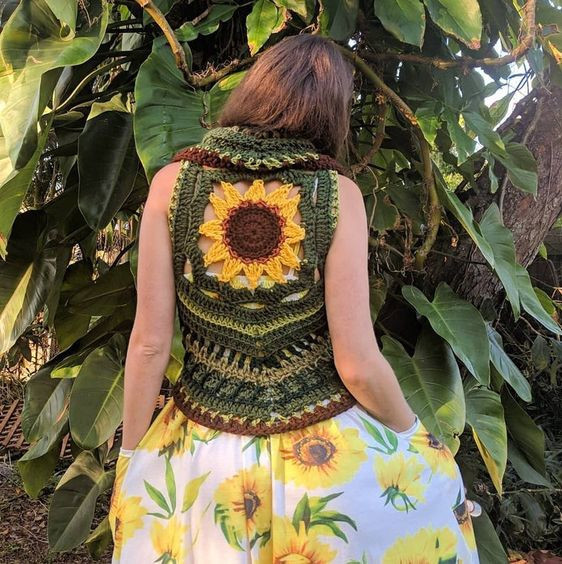 Sunflower mandala crochet vest - EarthTricks Crochet Pattern