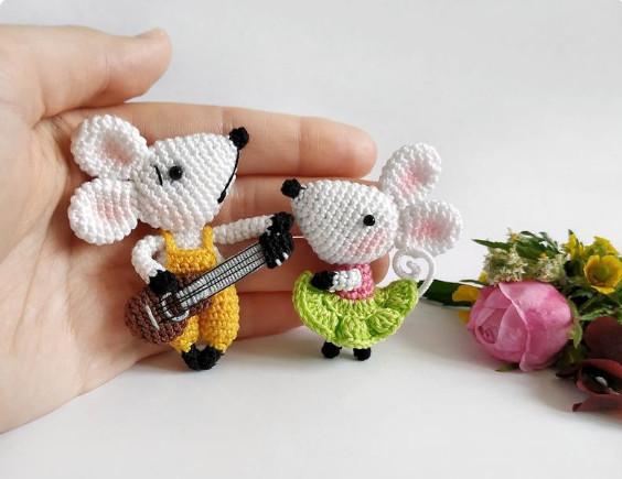 Crochet Mouse Pattern - Crochet Brooch Pattern