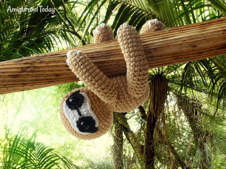 Amigurumi Today free sloth crochet pattern