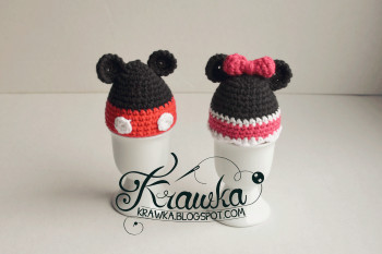 Mickey and Minnie mouse egg cover by Krawka