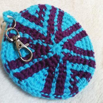 Earbud holder free crochet pattern