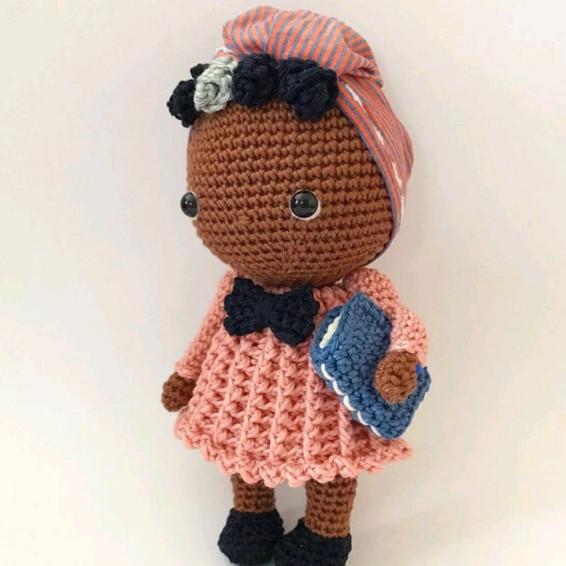 Maya Angelou Crochet Pattern - Iconic Woman Crochet Pattern