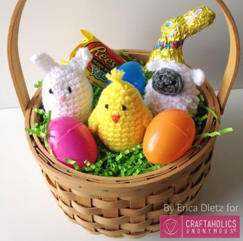Crochet Easter basket by Craftaholics Anonymous