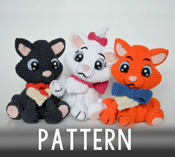 Crochet Cat Amigurumi Pattern by Krawka
