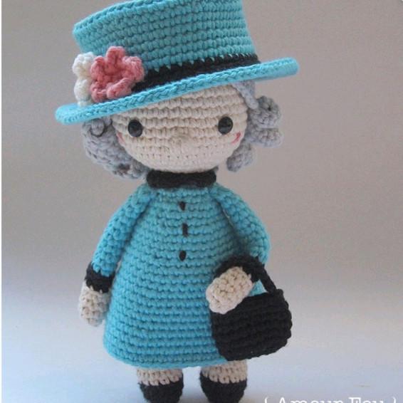Queen Elizabeth II Crochet Pattern - Iconic Woman Crochet Pattern