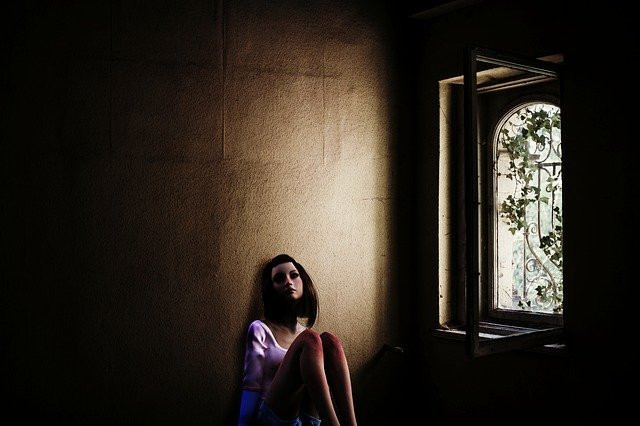 signs of unresolved childhood trauma