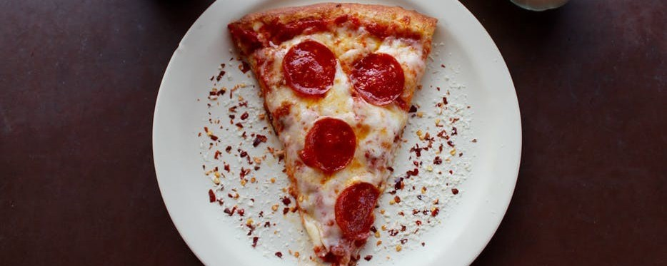 Pizza made its way to the USA via Italian immigrants | Who Invented Pizza?