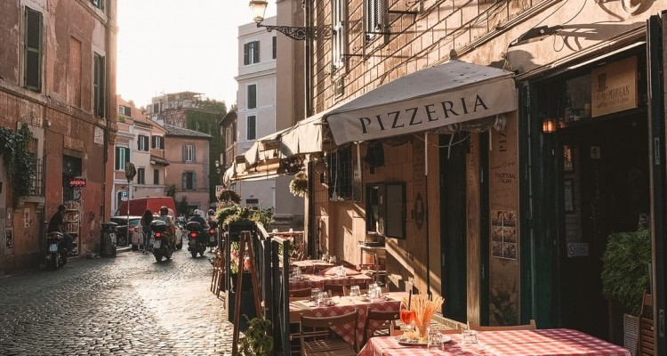 The first pizzeria was established in Naples, Italy | Who Invented Pizza?