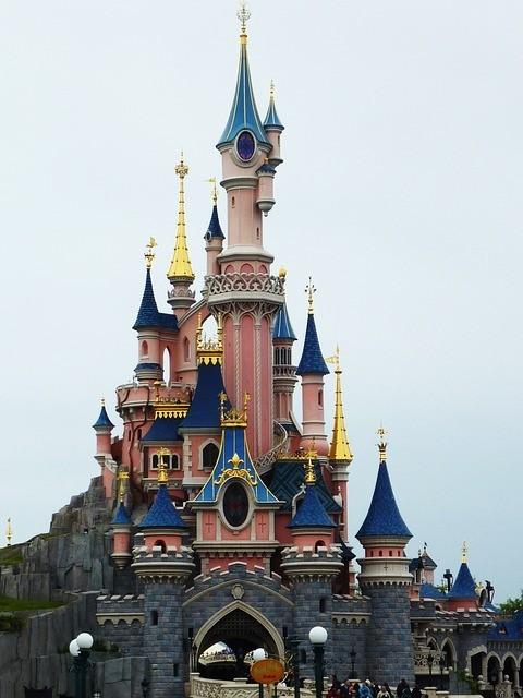 How To Plan For A Vacation - Disney World being the favorite for family