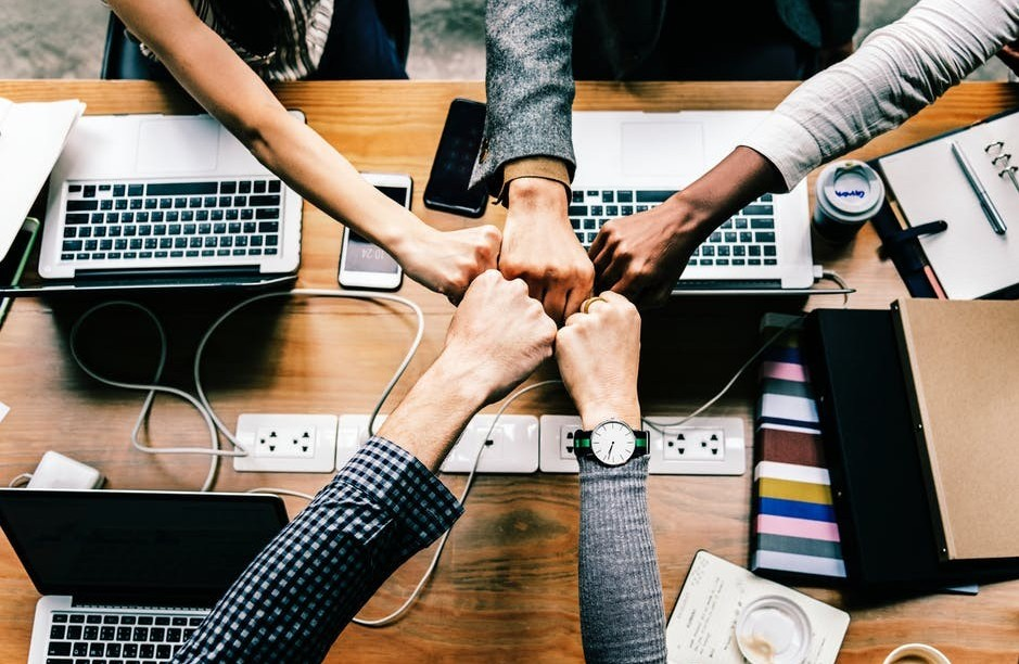 working as a team to build your business