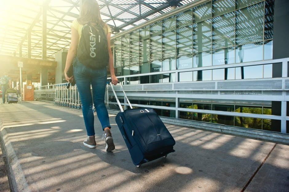 working online while traveling is possible