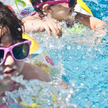 Kids Summer Activities - kids in the pool