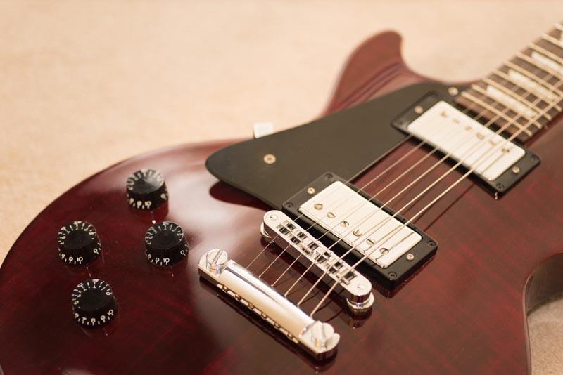 Left Handed Gibson Les Paul Studio bridge and bridge pickup