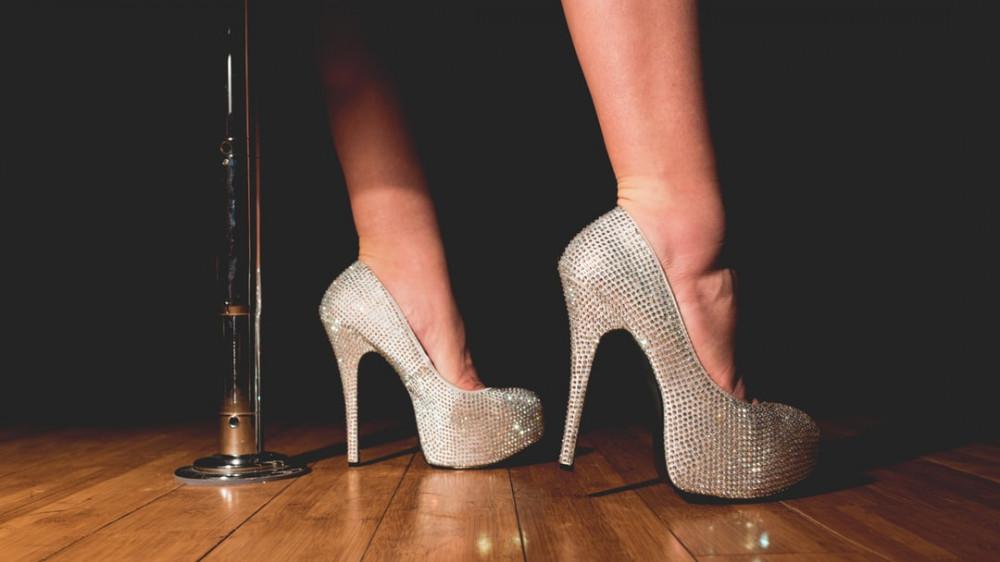 Pole dancer sparkly heels