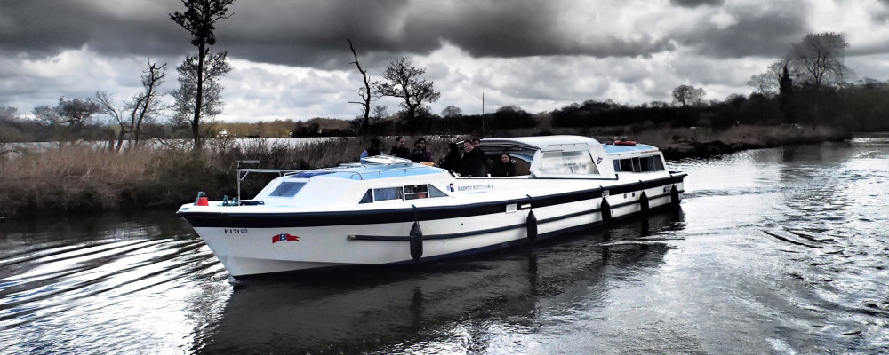 Hire A Boat On The Norfolk Broads - Boat