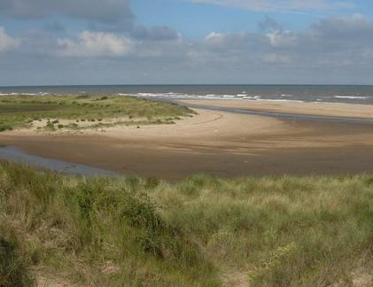 dog friendly beaches in Norfolk - Holme-next-the-sea