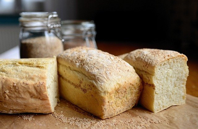 What foods to avoid to lose weight - bread