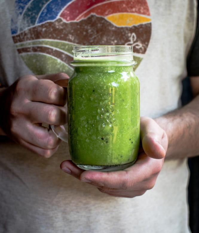 Keto Shakes and Smoothies - green smoothie