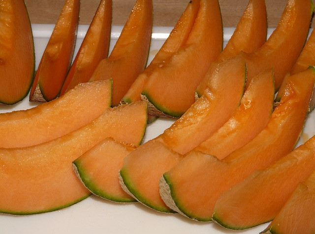 the best fruits for weight loss-cantaloupe