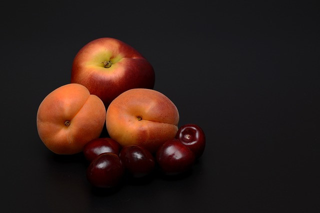 the best fruits for weight loss-stone fruits