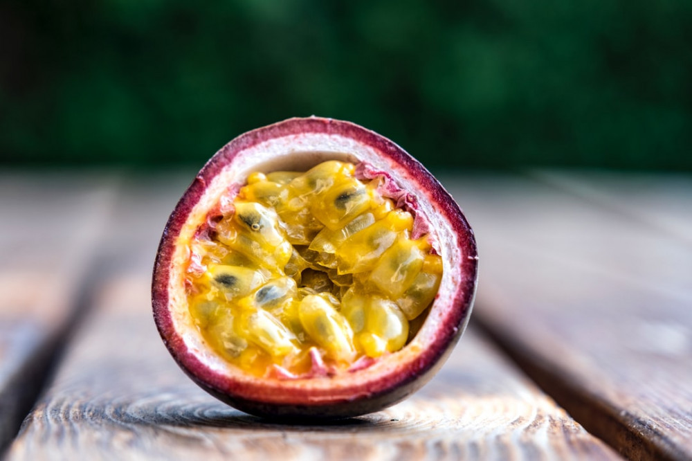 the best fruits for weight loss-passion fruit