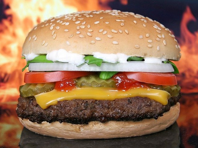 What foods to avoid to lose weight - burger