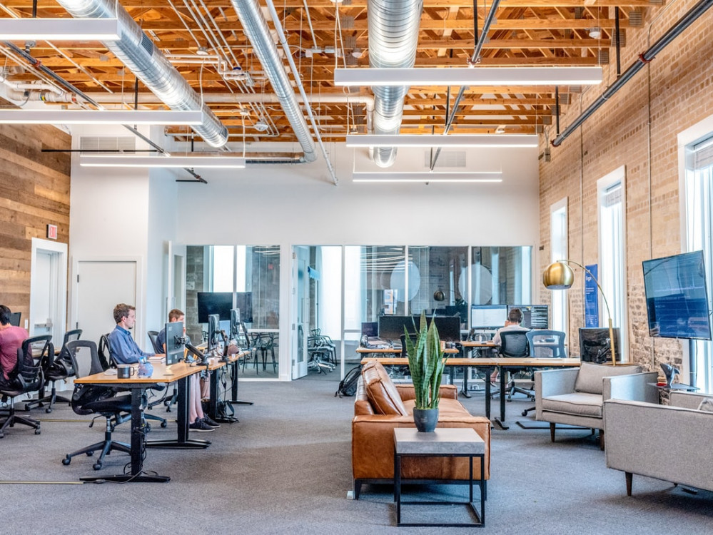 top tips on choosing the best office furniture for happier workplace